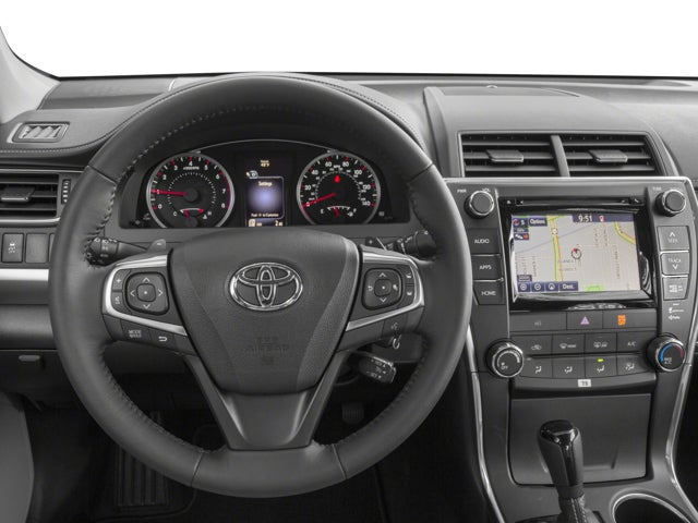 reviews motor sedan xse camry front le angular rating and cars toyota trend